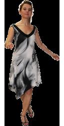 Robe asymétrique, empiècement dentelle